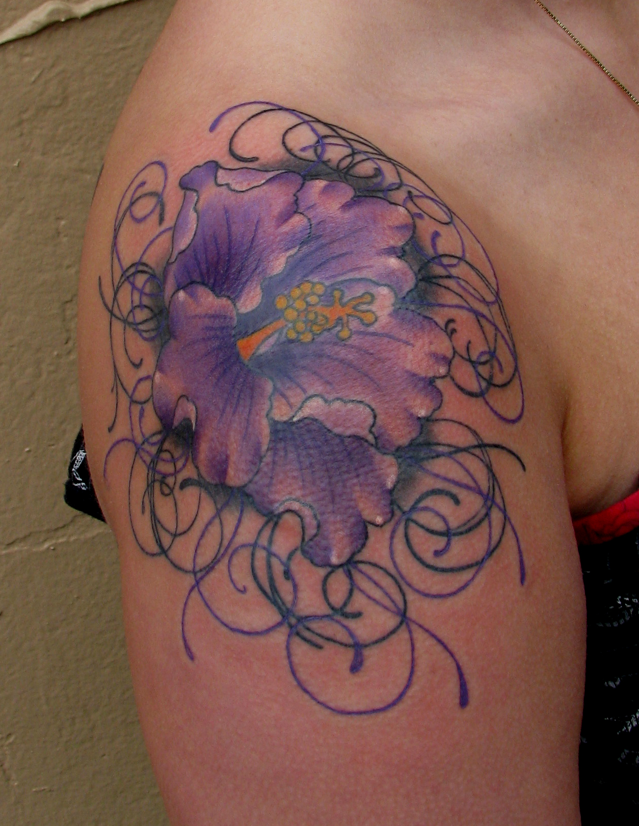 Hibiscus and filigree sara purr tattoo partially healed izmirmasajfo
